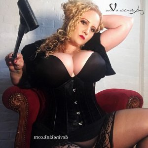 Chahida high end bdsm dungeon in Baie-Comeau