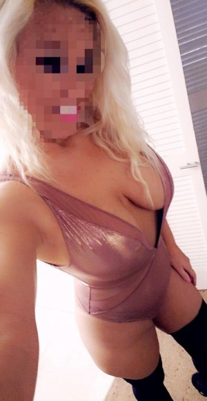 Amy female girls Bromont QC